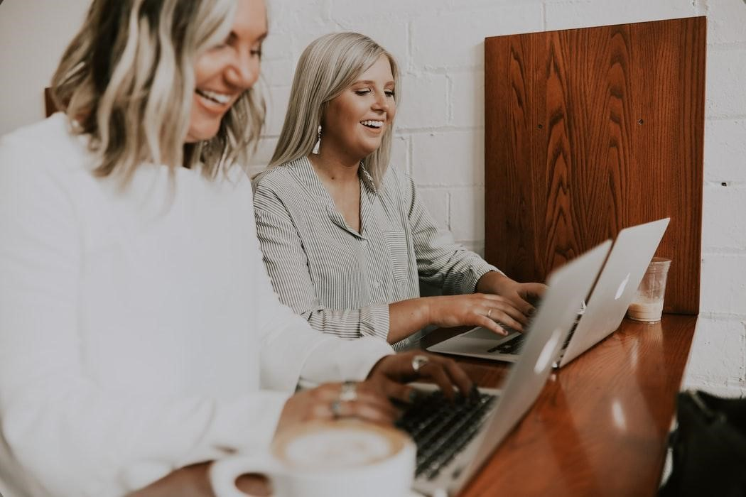 Different Types of Employee Benefits You Should Be Offering